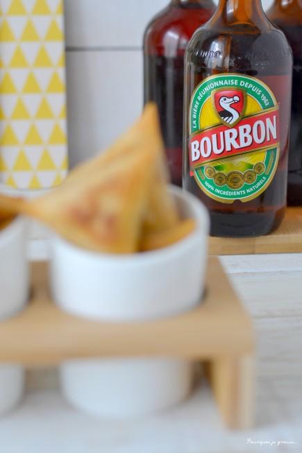 Samoussas poulet, dakatine & coriandre.