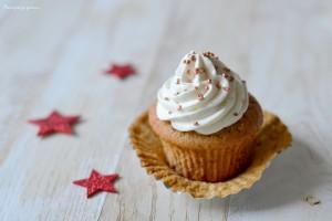 Winter cupcakes ! Petits moelleux aux marrons, chantilly au mascarpone & à l'Amaretto.