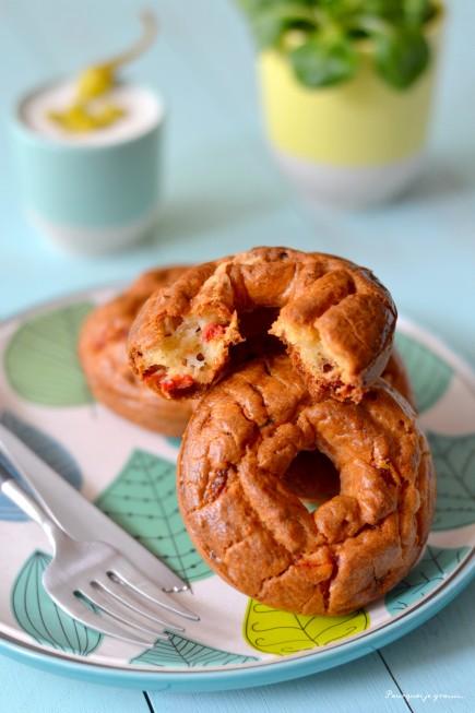 Cake aux poivrons piquillos, aux tomates séchées & à l'Ossau Iraty