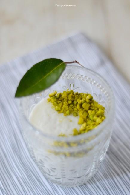 Mouhalabieh crème fleur d'oranger et pistaches
