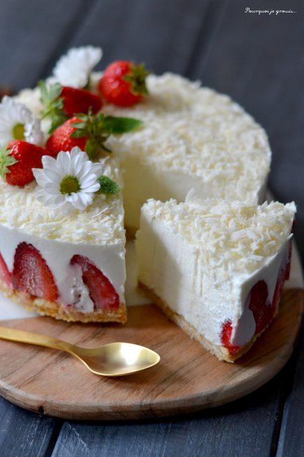Presqu' cheesecake à la noix de coco & aux fraises !