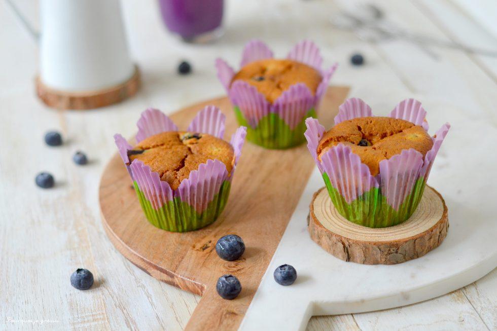 Muffins aux myrtilles & à la noix de coco