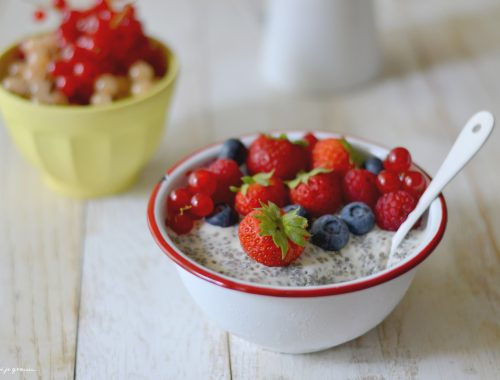 Pudding aux graines de chia & aux fruits d'été.